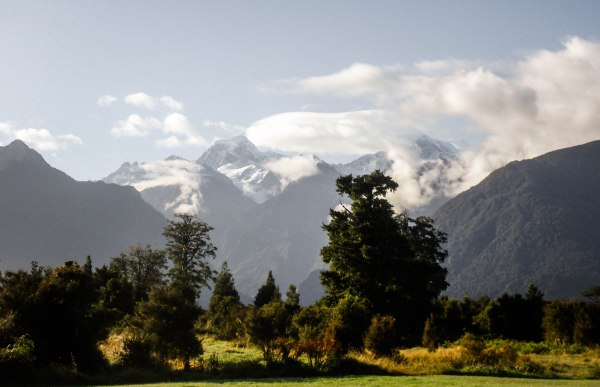 Getting a Working Holiday Visa for New Zealand