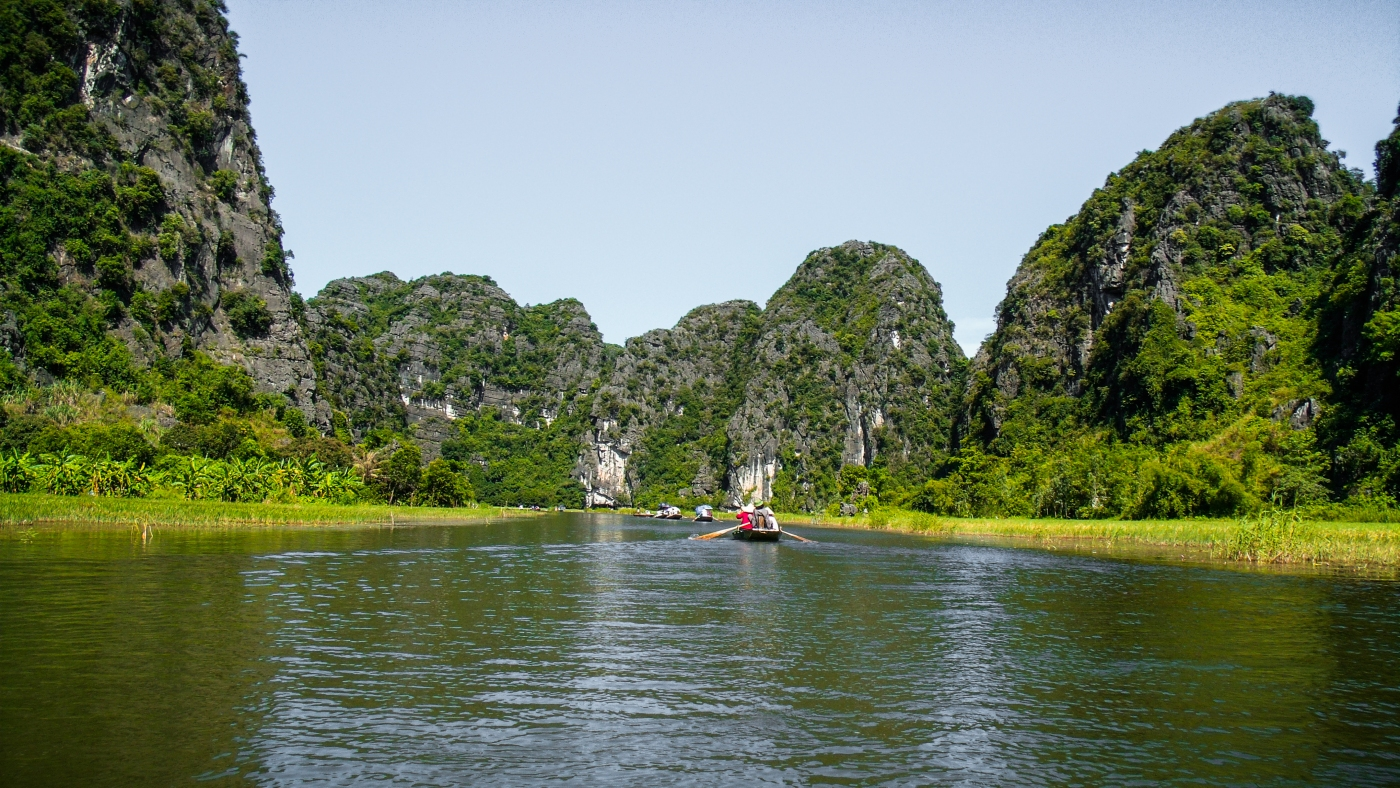 Hanoi and the towers of Tam Coc