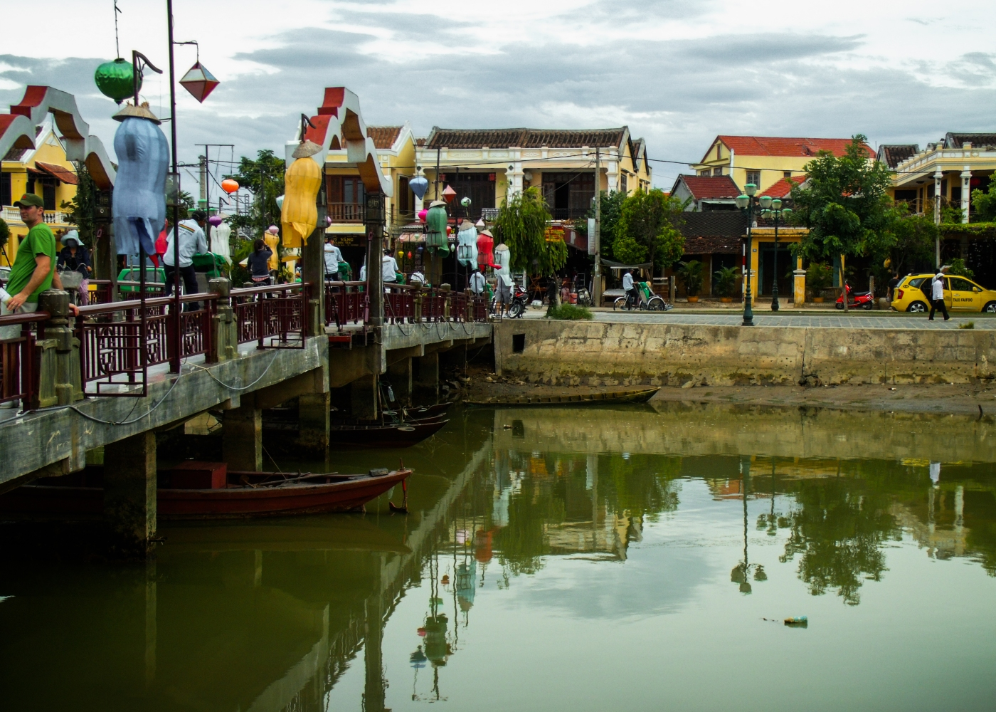 Suit up in Hoi An