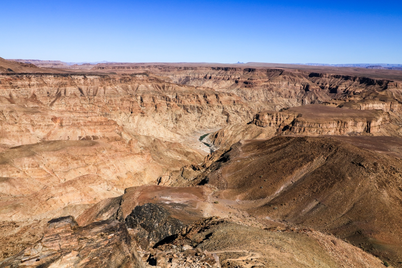 Hiking through the Fish River Canyon 90km in 5 days