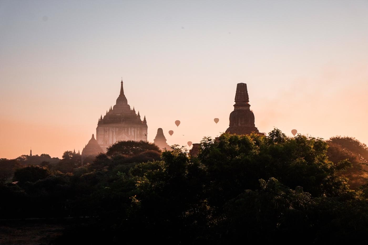 Chasing sunrises in Bagan